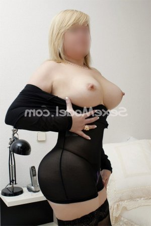 Marie-anne rencontre libertine massage escort girl à Publier
