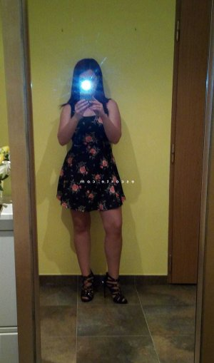Kazimira escorte girl